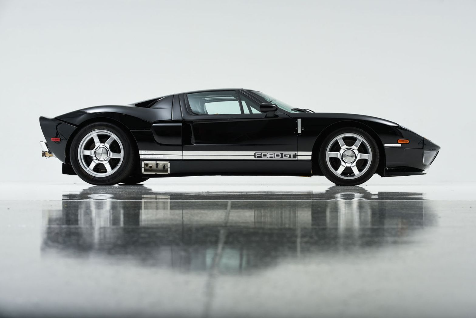 First Complete Factory Prototype Ford Gt Set To Hit The Auction Block In January