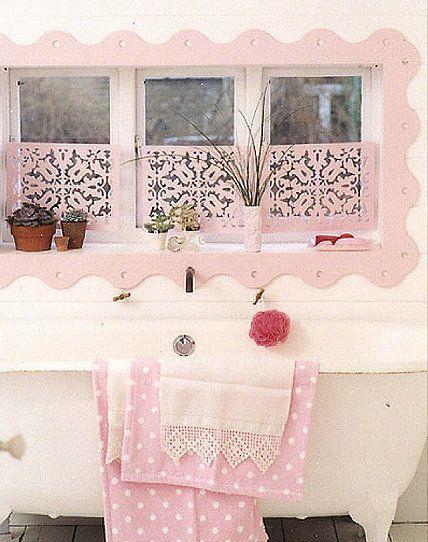 Shabby chic powder room decor