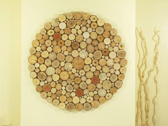 We offer you a unique and intriguing round shape tree slices wall ...