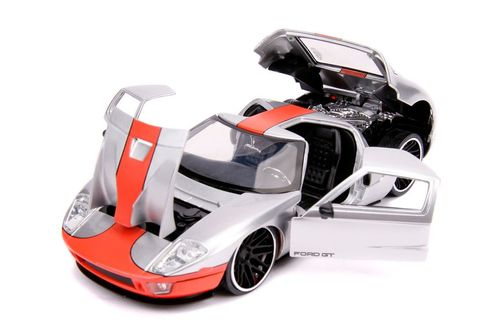 2005 Ford Gt Silver 1 24 Scale Diecast Car Model By Jada Toys