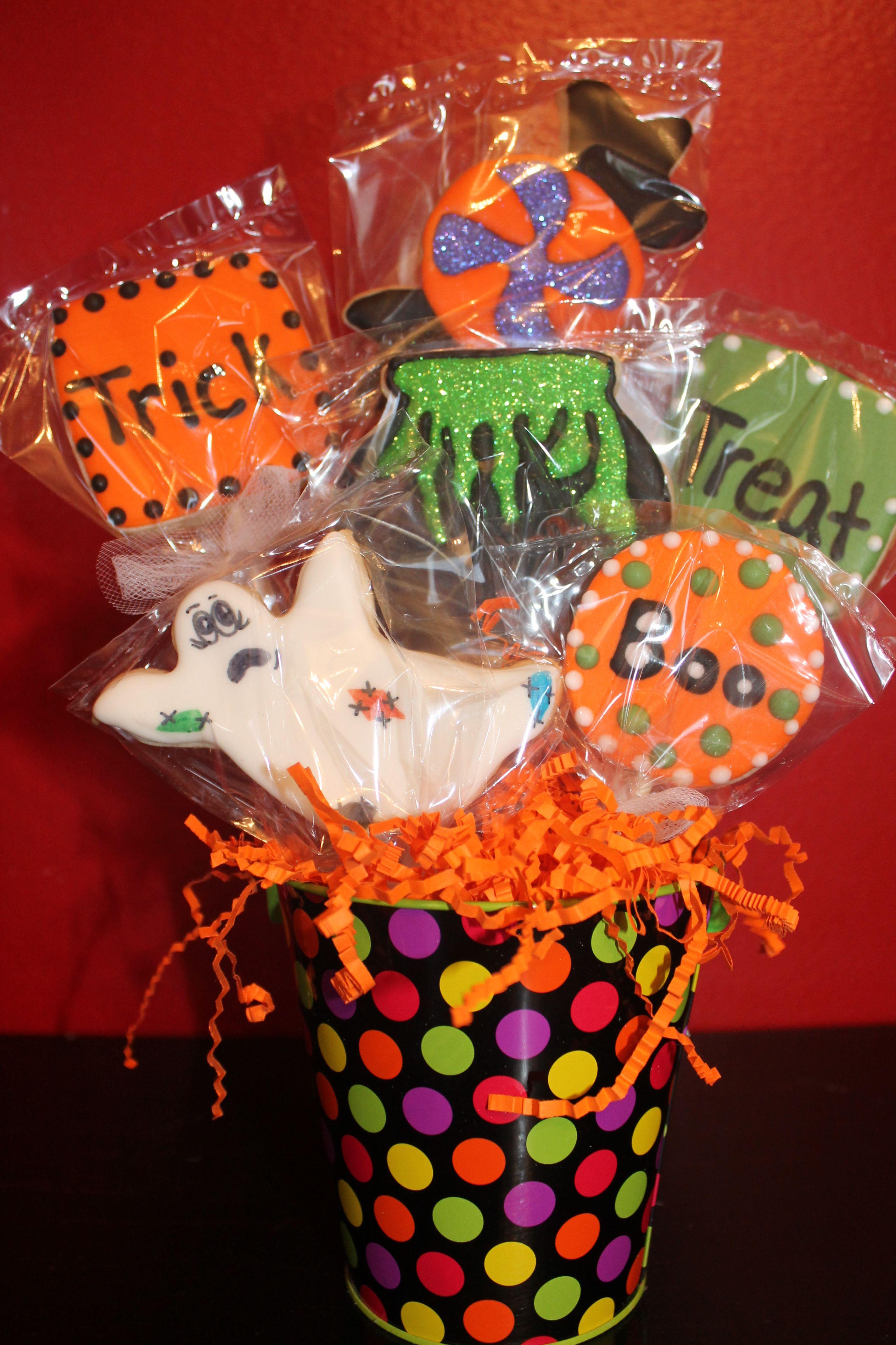 Halloween cookie gift basket | Halloween baskets | Pinterest ...