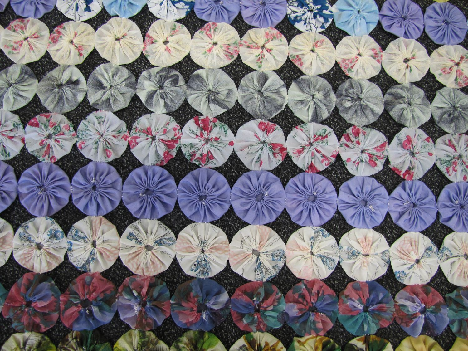 quilting circles | UTas ePrints - Photographs of quilt made from ... : gathered quilt - Adamdwight.com