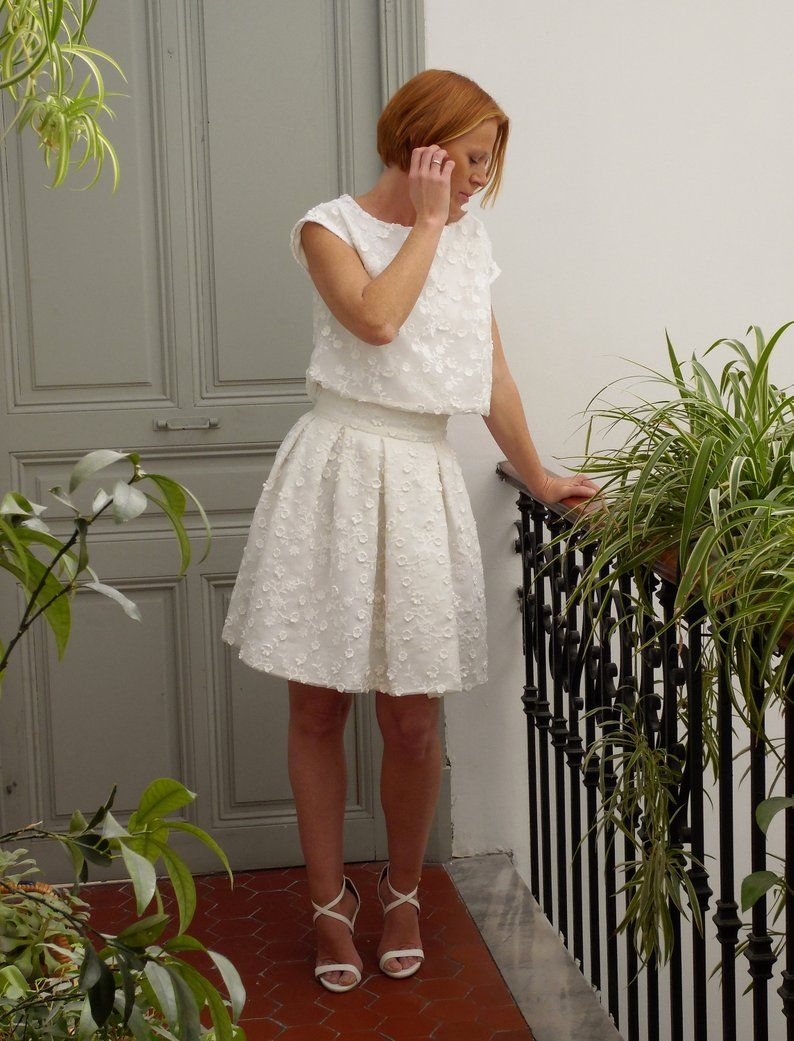 Pin On Wedding Crop Top Dresses Bridal Separates Mariage Civil Mariee Moderne