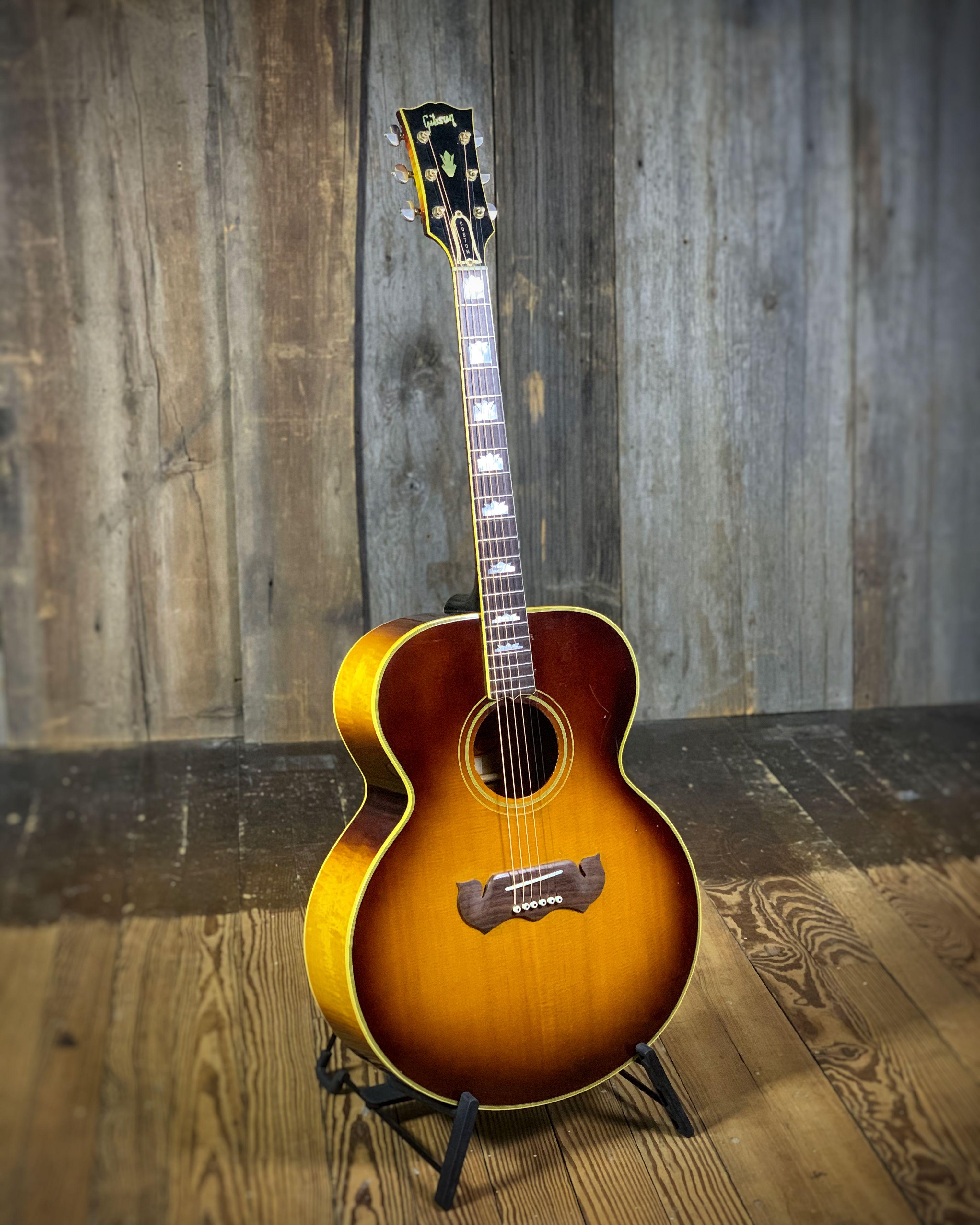 Gibson J 200 1968 Gibson Pickguard Sunburst