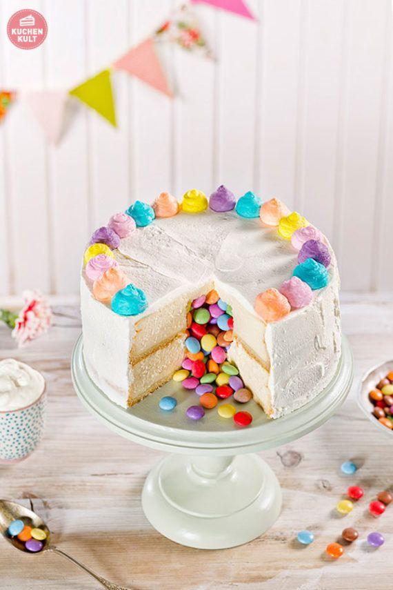 Uberraschungskuchen So Sieht Unser Pinata Cake Aus Uberraschungskuchen Uberraschung Kuchen Kuchen Kindergeburtstag