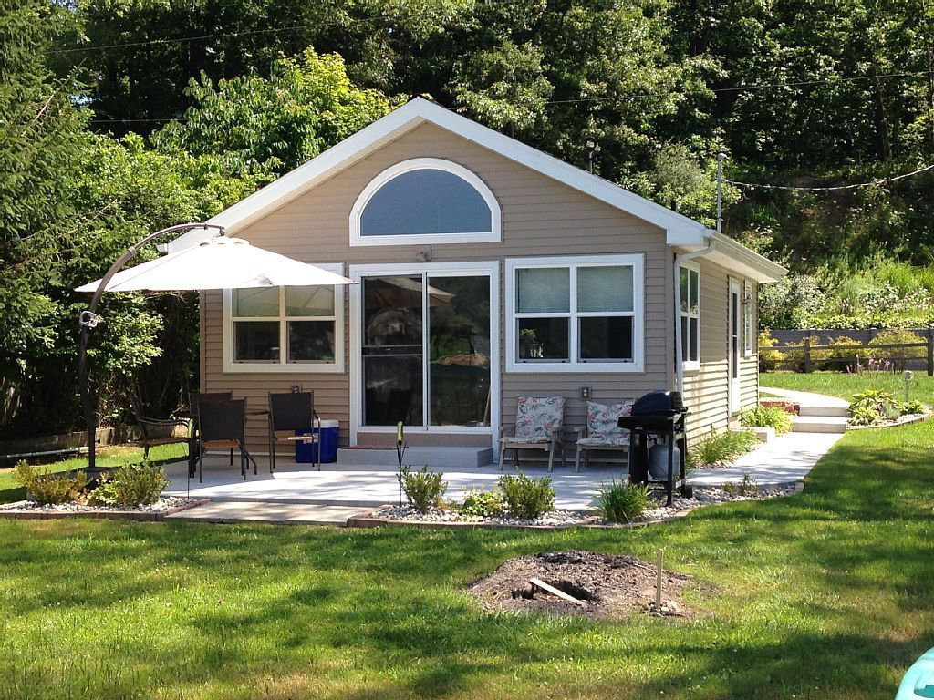 House vacation rental in battle creek from