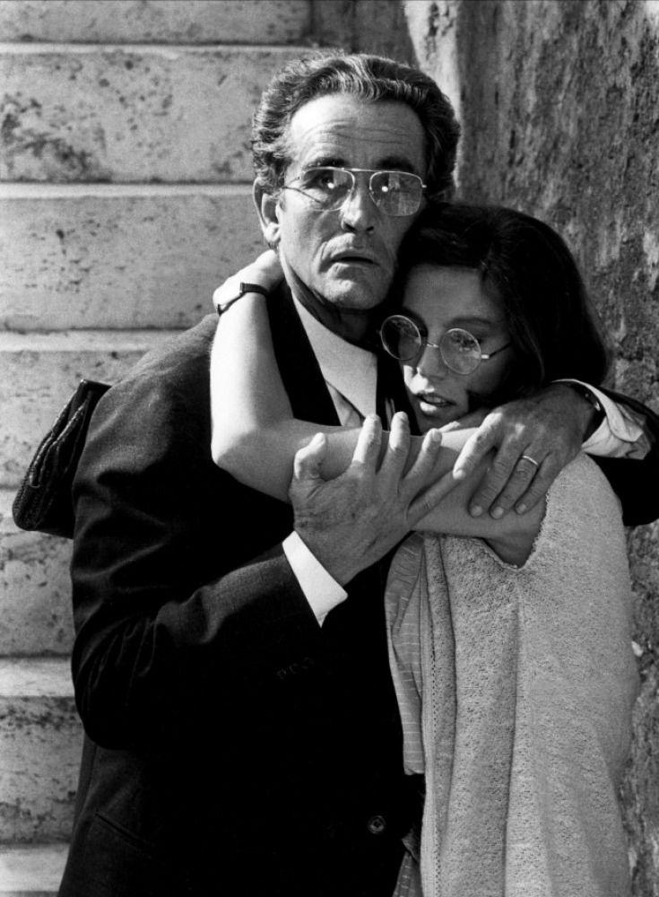 Vittorio Gassman and Stefania Sandrelli in La Terrazza. Dir ...