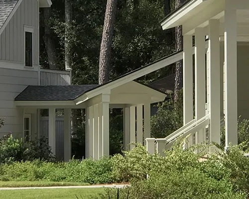 Covered Walkway On A Farmhouse Style House In 2020 Farmhouse Style House Farmhouse Style Covered Walkway