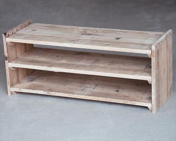 to buy a new one then this diy recycled pallet shoe rack will be just best option for you to earn a functional storage unit for your shoes slippers flip