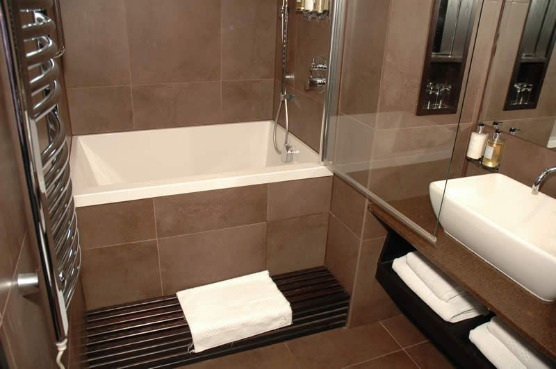 pinterest soaking soaker small for spaces bathroom tub tubs deep comfortable