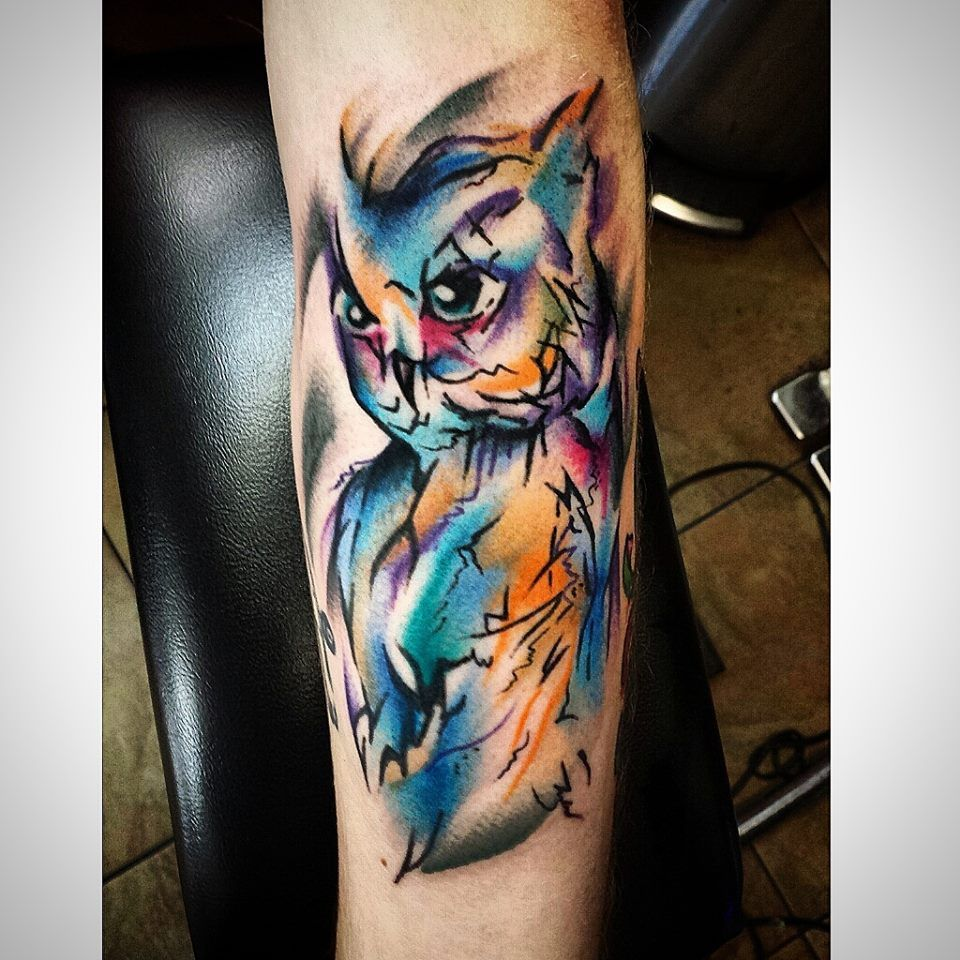I M Not Into Owls But This Watercolor Style Tattoo With Black