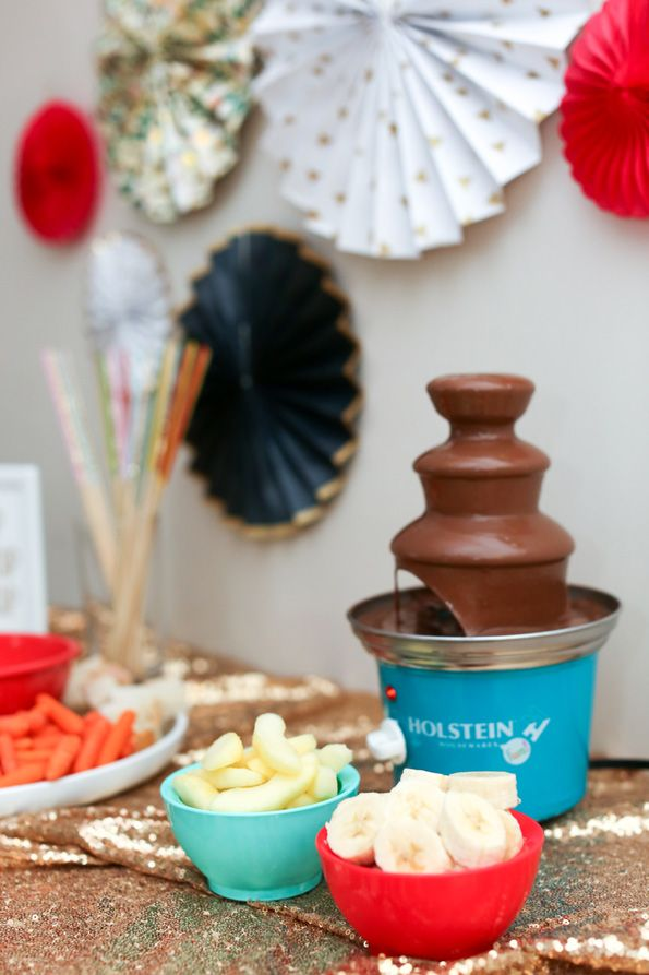 Kid Friendly Fondue Bar Evite Fondue Recipes Easy Chocolate Fondue Recipe Fondue Party