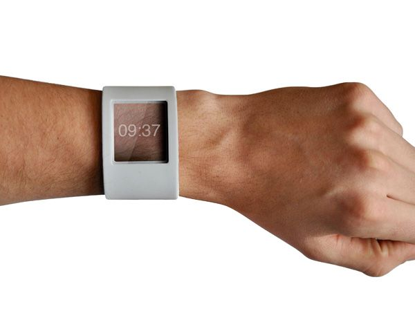 """Robot Watch - Designer: Julian Grote - """"Although the robot provides service to its owner, it is quite dependant on his influence. It takes cues from behaviours like habits, preferences, appointments, stressful situations, environmental aspects, etc."""" 