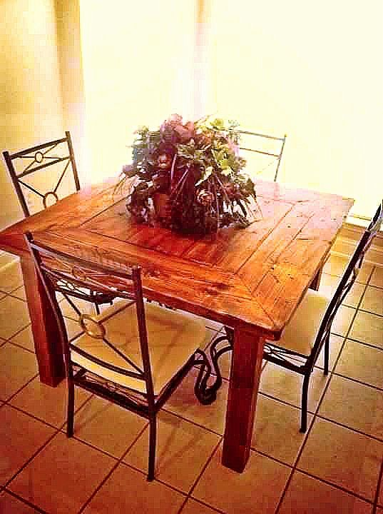 Square Table Farmhousetable Texasfurniturebuilders Distressed - Distressed square dining table