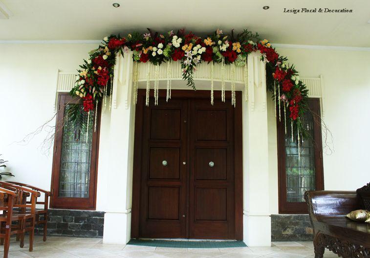 Dekorasi Bunga Di Pintu Masuk Home Decor Decor Christmas