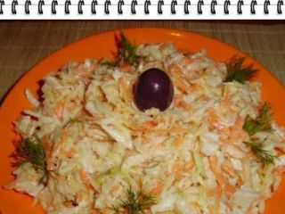 Salata de cruditati cu piept de pui si maioneza