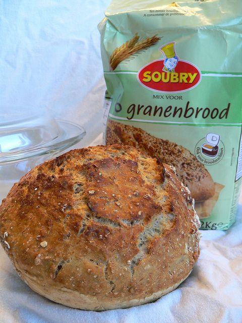 Zelfgemaakt brood zonder kneden