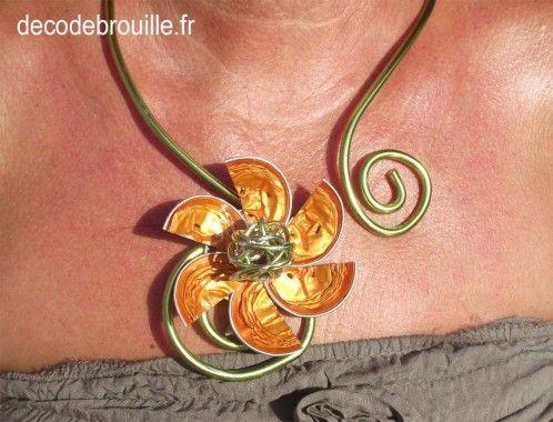 Collier fleur capsule nespresso cialde pinterest - Creation avec capsule nespresso ...