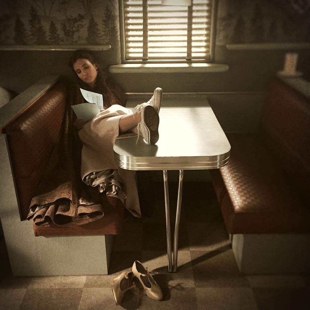 Day 15: Guinevere for Converse #30DaysOfGinny #OnceUponATime : @ginnygoodwin