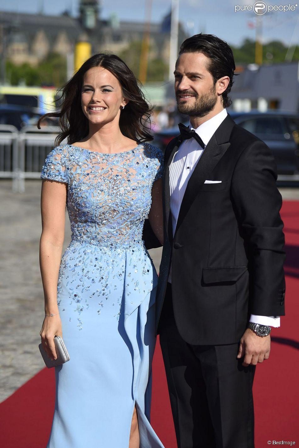 Le prince Carl Philip de Suède et Sofia Hellqvist ...