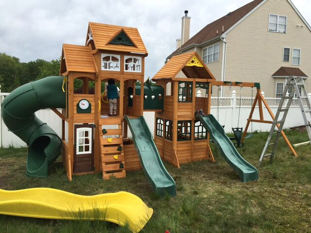 5 18 Cedar Summit Paramount Playset Assembled In Howell
