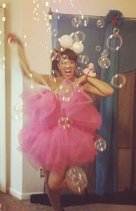 Loofah costume halloween diy halloween costumes pinterest loofah costume halloween loofah costumediy halloween costumes solutioingenieria Gallery