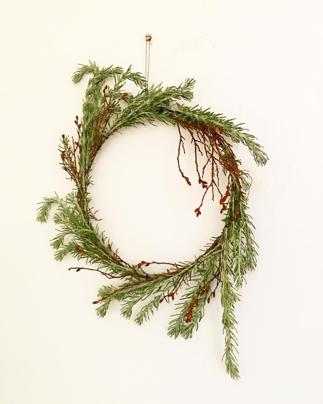 Wreath making listening to Christmas songs on the radio with the ...