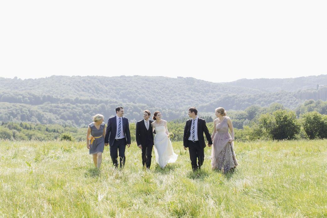 Landhochzeit Freie Trauung Hochzeit Hochzeitsfotograf Hochzeitsfotografin Solingen Natur Gartenhochzeit Hochzeitsfotograf Hochzeit