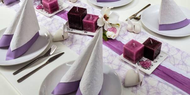 tischdeko zur kommunion konfirmation flieder wei mit magnolie tischdeko kommunion. Black Bedroom Furniture Sets. Home Design Ideas