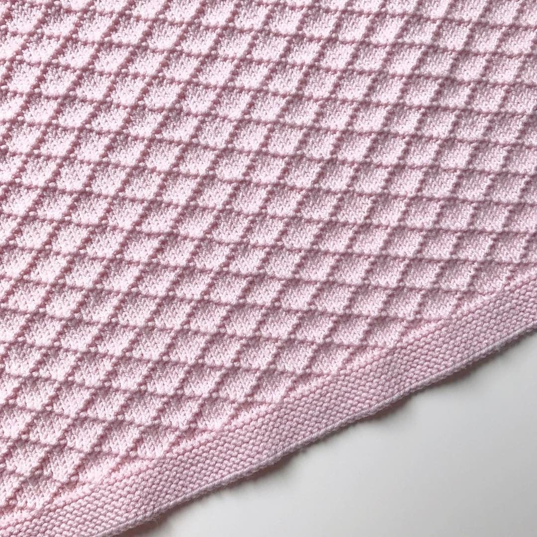 Twisty Lace Baby Blanket Pattern - Baby Cakes by lisaFdesign ...