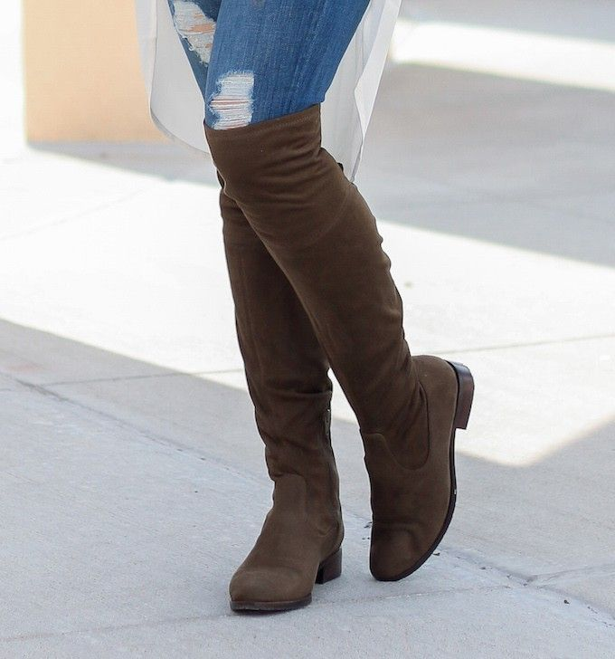 Over the Knee Flat Boots Outfit - Glamour-Zine | Boot overknee ...
