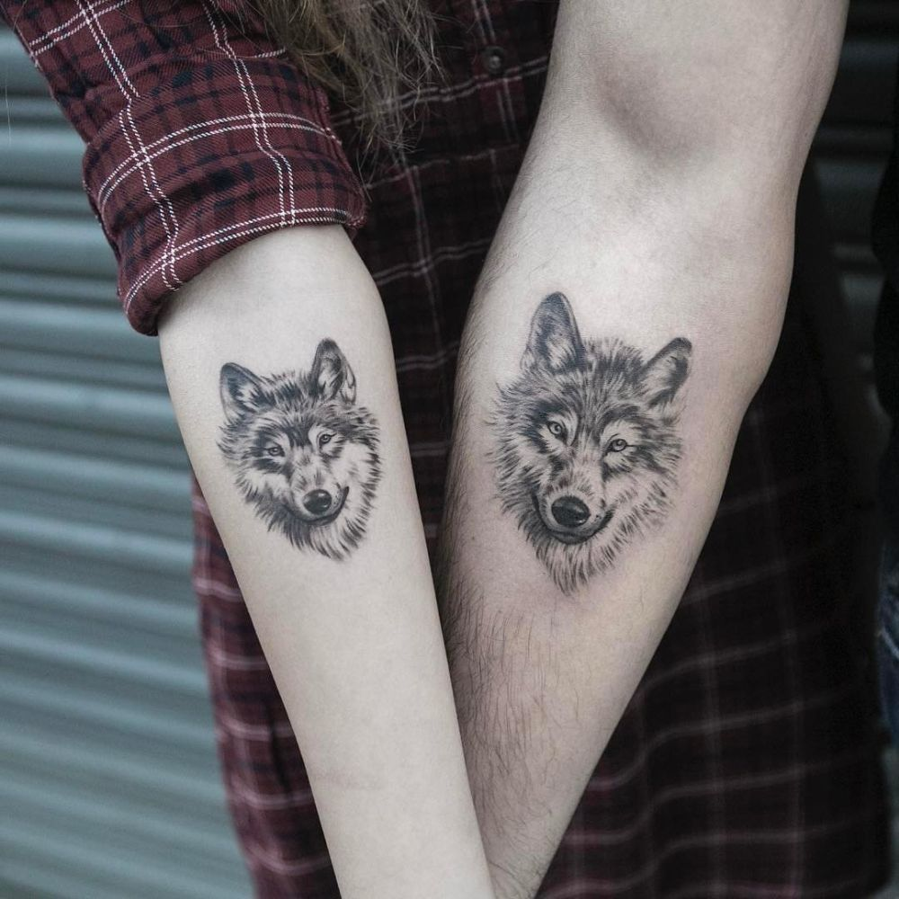 Pictures Of Wolf Tattoo Designs