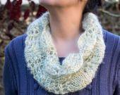 Col Snood tricot fait main en mohair : Echarpe, foulard, cravate par la-maille-aux-tresors