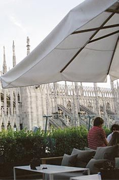 Il Bar La Rinascente Aperitivo Con Vista Duomo Places