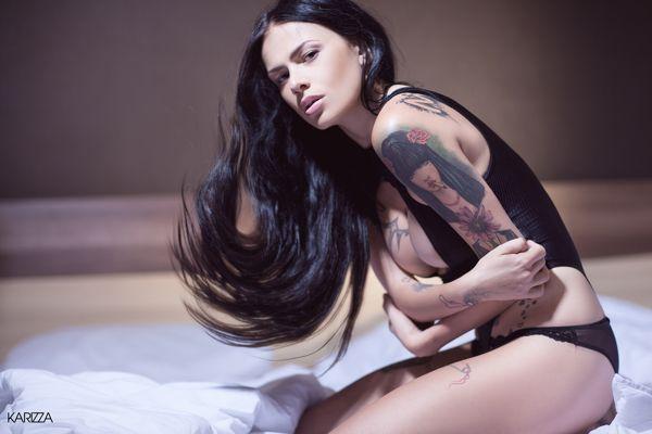 Photography  by KARIZZA KARIZZA | #Brian #Viveros #tattoo