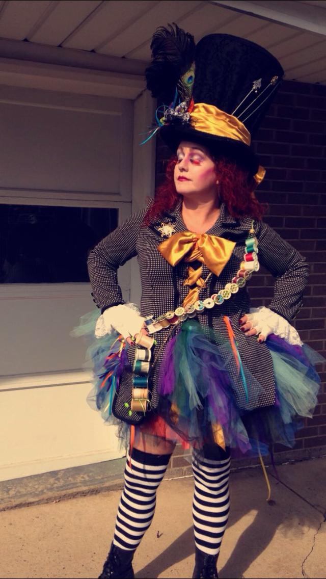 33c93ef91d Mad Hatter DIY Halloween Costume, Tim Burton, female mad hatter ...