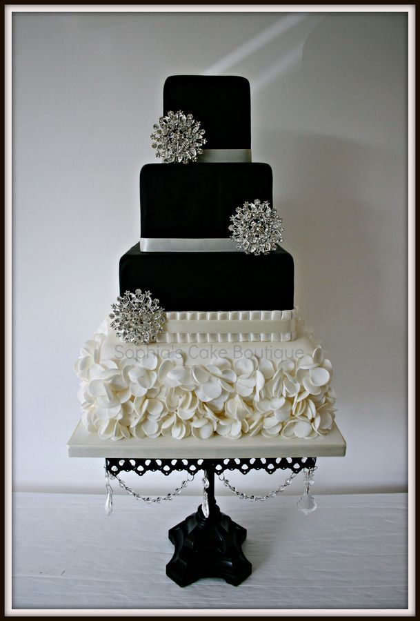 This Design Is Heavily Based On A Gorgeous Cake By Heavenly Angel Cakes Who Made A Black White