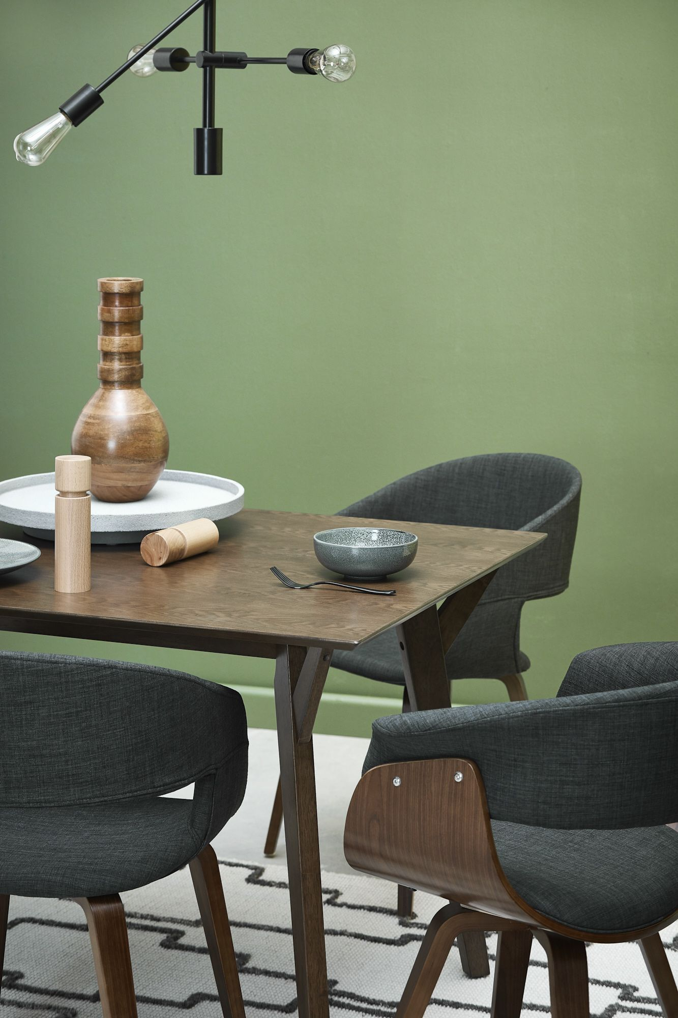 Indulge your eye for Mid Century design and create a