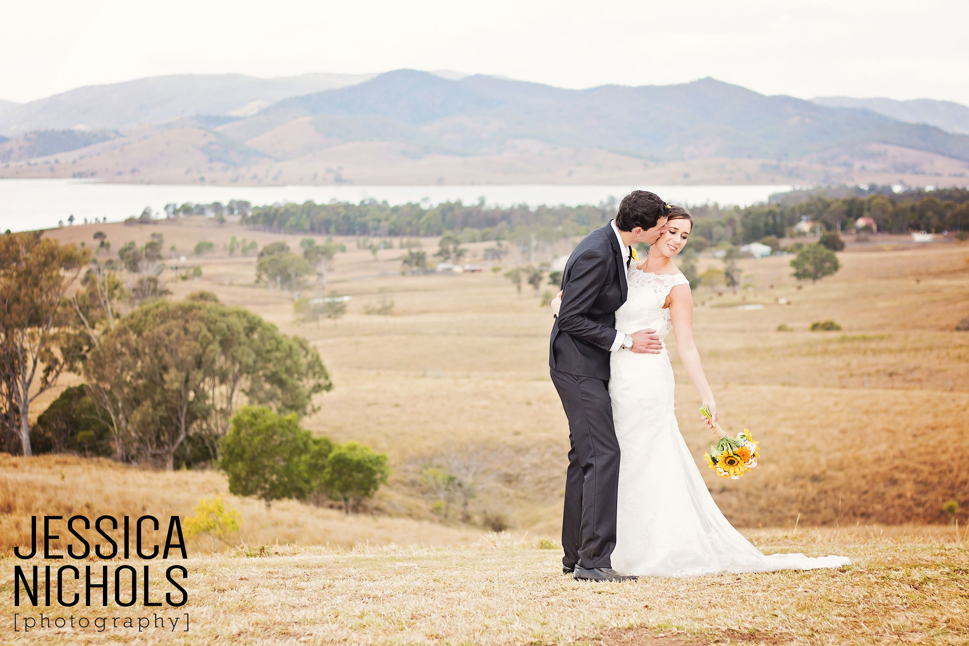 Wedding Photography / Kilcoy Farmstay / Jessica Nichols Photography / Sommerset Dam