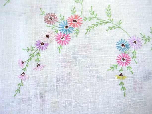lot vintage embroidered tablecloths, cotton and linen w/ hand embroidery