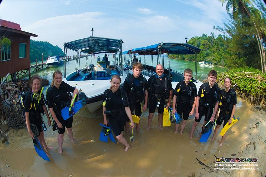 Newly certified divers are really getting into their diving experiences and opting for some leisure diving after completing their PADI Open Water Diver course :)