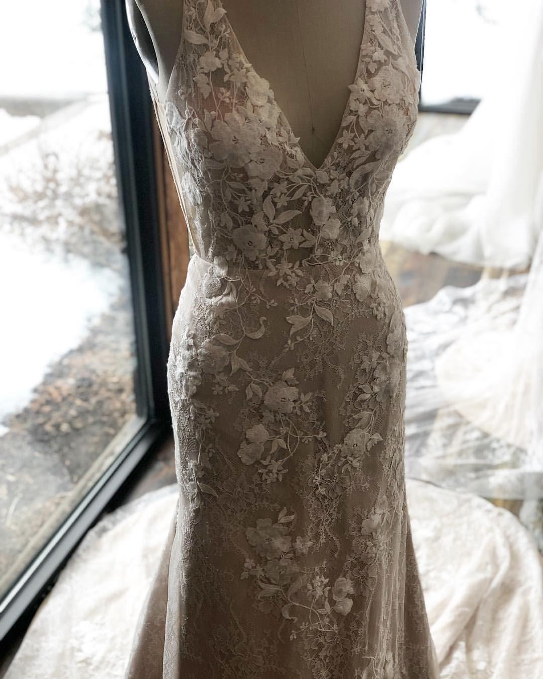 Pin By Ti Adora On Ti Adora Spring 2019 Collection Wedding Dresses Lace Wedding Dresses Bridal [ 1350 x 1080 Pixel ]