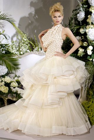 pin von the real cali cali auf gowns  couture brautkleider schöne brautkleider und dior haute