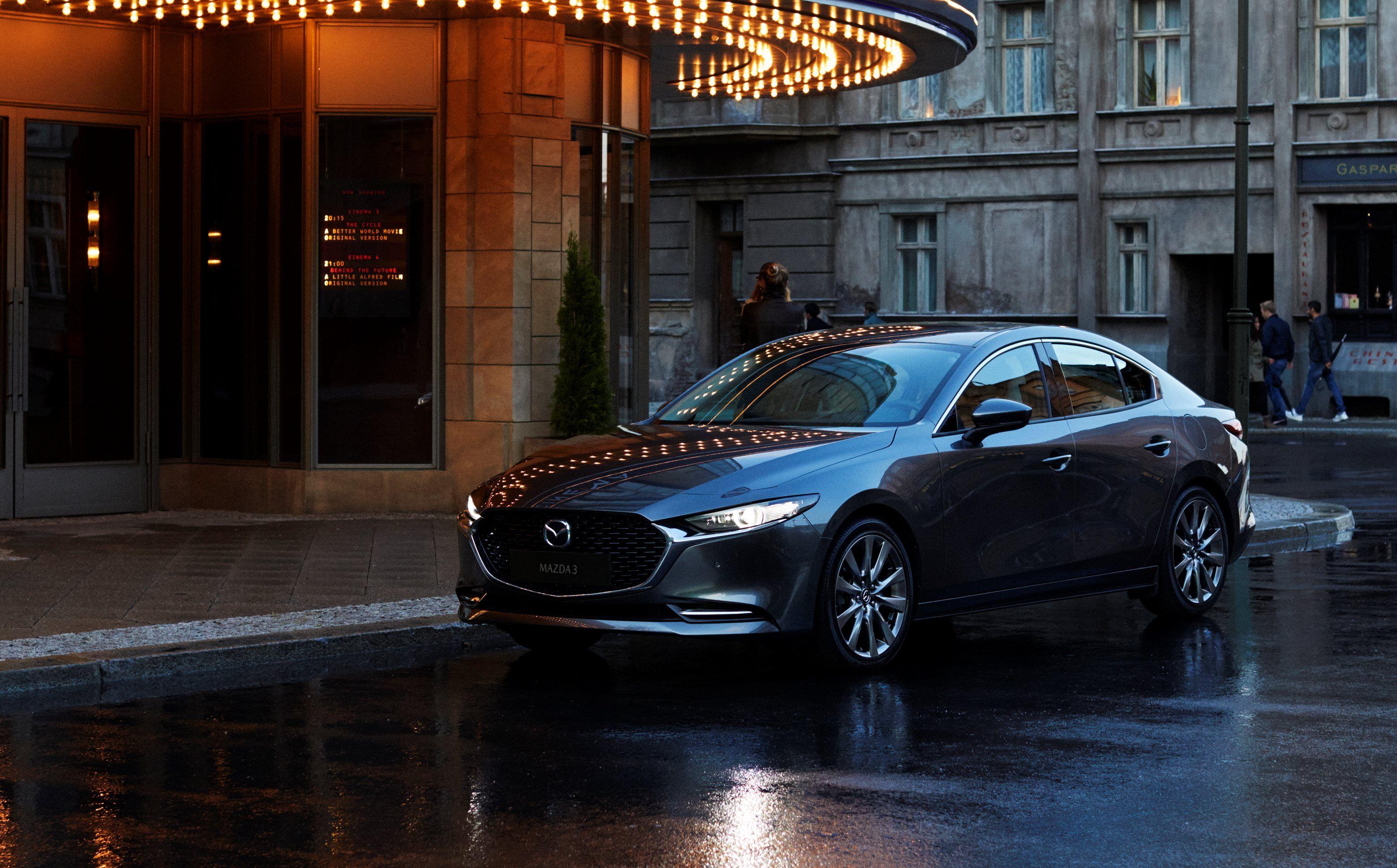 Mehr Unter Www Mazda At Modelle Mazda3 Mazda Sedan Car