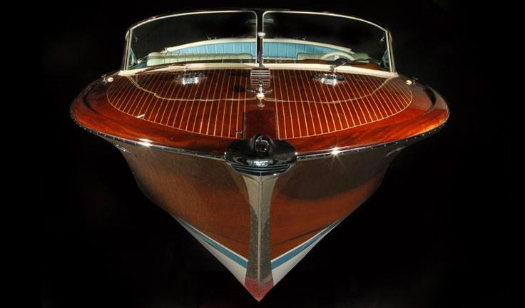 Italian Riva boats star of the Venice Film Festival: history and top