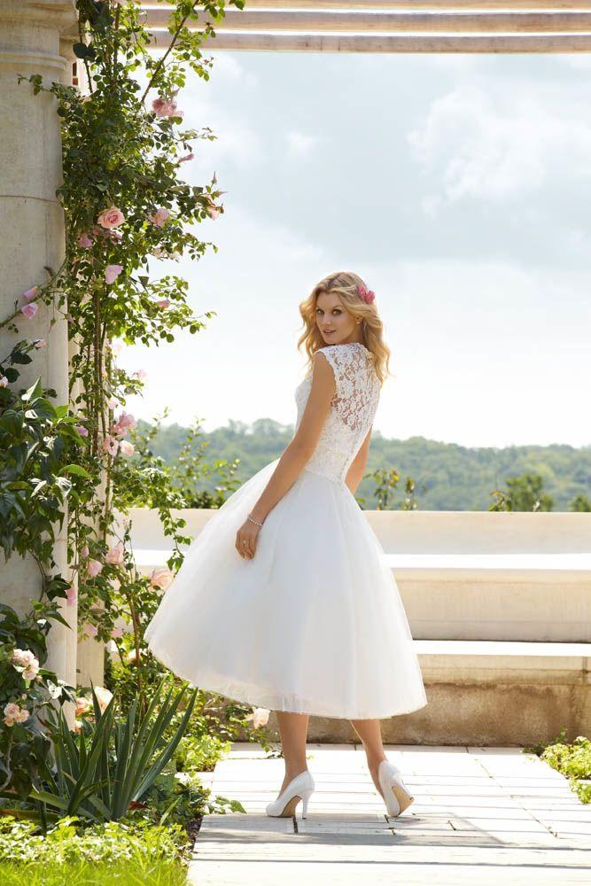 At the Bridal Centre. Style 51-BC6749-184