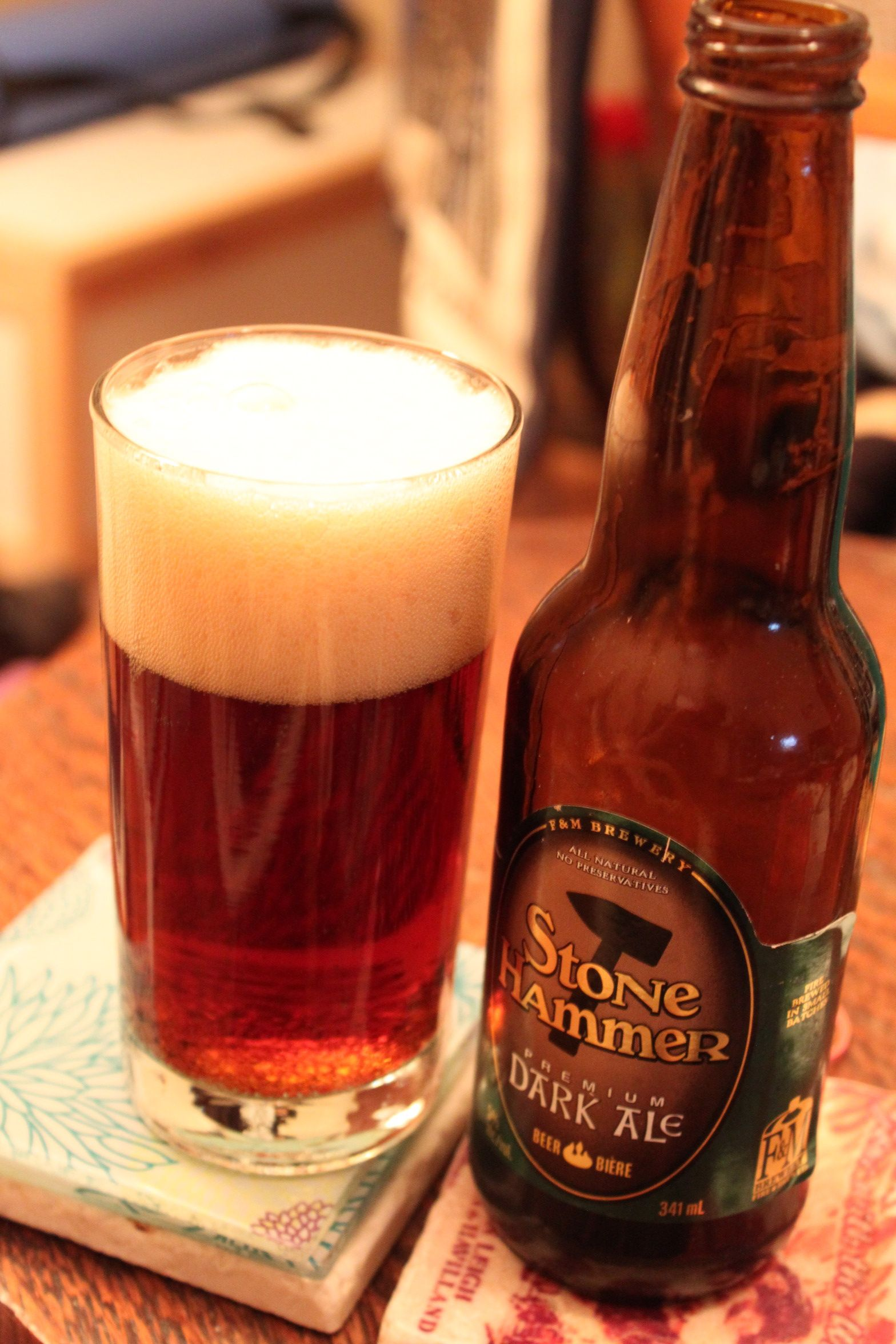 Stone Hammer Dark Ale Love My Canadians This One Has Hints Of Cocoa And Caramel Not Heavy But A Light Amber Ale Ontario Canada Ale Beer Porter Beer Ale