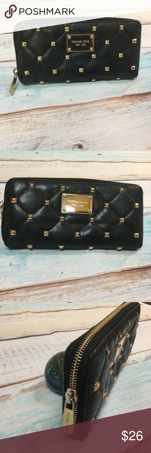 d8447fddcfbb ... australia michael kors studded wallet this mk wallet is prelove in good  conditions some discoloration not