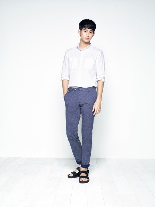 12abe6d4adc8 Kim Soo Hyun Models a Series of Summer Looks for ZIOZIA