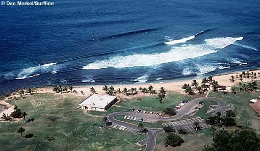 Haleiwa Beach Park, North Shore, Oahu. Super Fun Right With An Occasional  Left